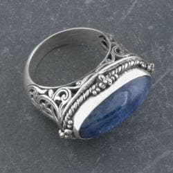 Handmade Sterling Silver Blue Cabochon Serpentine 'Cawi' Ring (Indonesia)