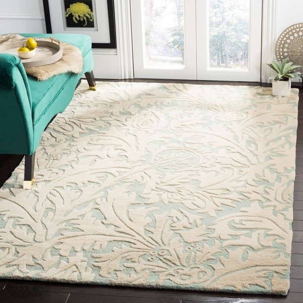 Safavieh Handmade Bliss Beige/ Blue New Zealand Wool Rug - 7'6 x 9'6