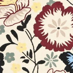 Safavieh Handmade Garden Ivory New Zealand Wool Rug (5'x 8') - Thumbnail 2