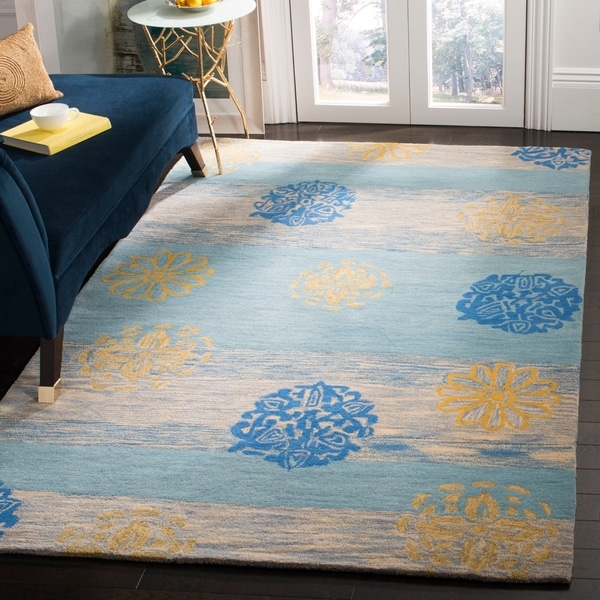 "Safavieh Handmade Eternity Blue New Zealand Wool Rug - 7'6"" x 9'6"""