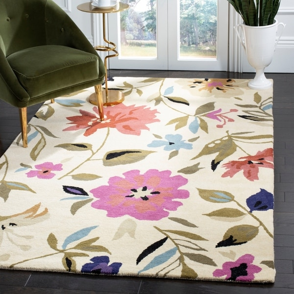 "Safavieh Handmade Summer Ivory New Zealand Wool Rug - 3'-6"" x 5'-6"""