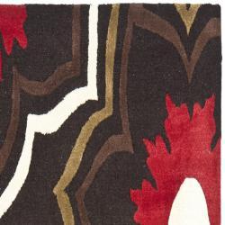Safavieh Handmade Memories Brown New Zealand Wool Rug (2'6 x 8') - Thumbnail 1