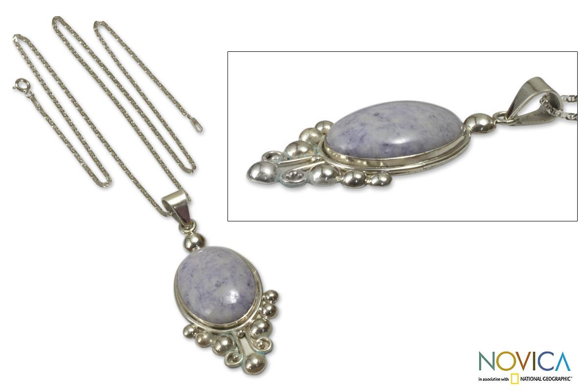 Handmade Sterling Silver 'Lilac Jocotenango' Jade Necklace (Guatemala)