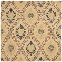Safavieh Handmade Traditions Beige Wool Rug (6' Square) - 6' Square