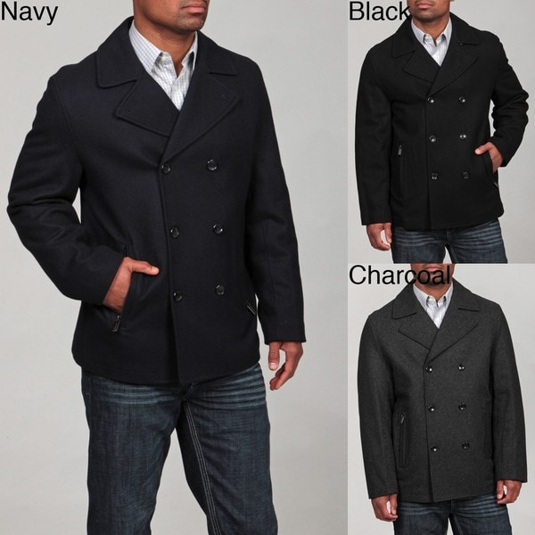 Today, pea coats for men are an absolute must come the colder seasons, offering a sharp, well-tailored and timeless look that's easy to pull off regardless of your personal style. Featuring a traditional double-breast and a wide lapel, these men's pea coats available at Stylight are great for both everyday and formal occasions.