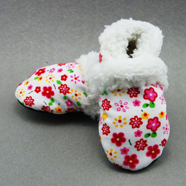 White Flower Soft Sole Baby Shoes