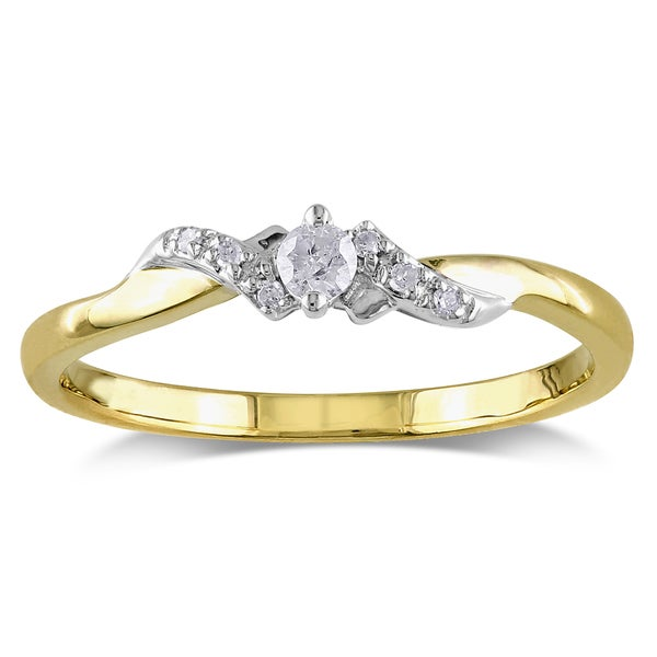 Miadora 10k Yellow Gold 1/10ct TDW Diamond Ring