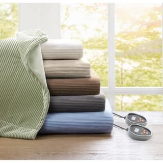 Beautyrest Ribbed Microfleece Full-size Heated Blanket|https://ak1.ostkcdn.com/images/products/6425781/P14030859.jpg?impolicy=medium