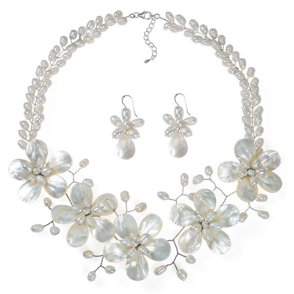 Handmade White Floral Pearl Necklace Earrings Fancy Jewelry Set (Thailand)