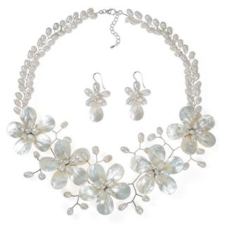 White Floral Pearl Necklace Earrings Fancy Jewelry Set (Thailand)
