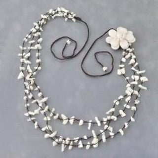 Handmade Sweet White Lotus Triple Layer Mother of Pearl Necklace/ Belt (Thailand)
