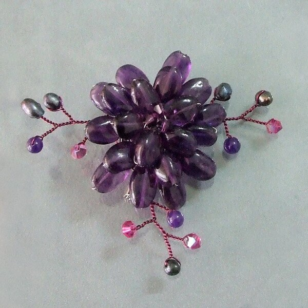 Handmade Dark Purple Charming Lotus Flower Amethyst Stone Pin-Brooch (Thailand)