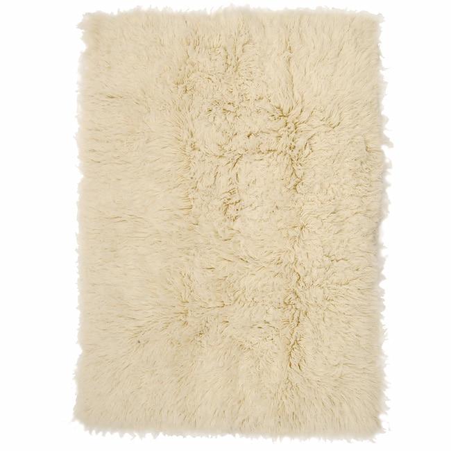 Linon Super 2000-gram Flokati Wool Rug (6' x 9') - 6' x 9'