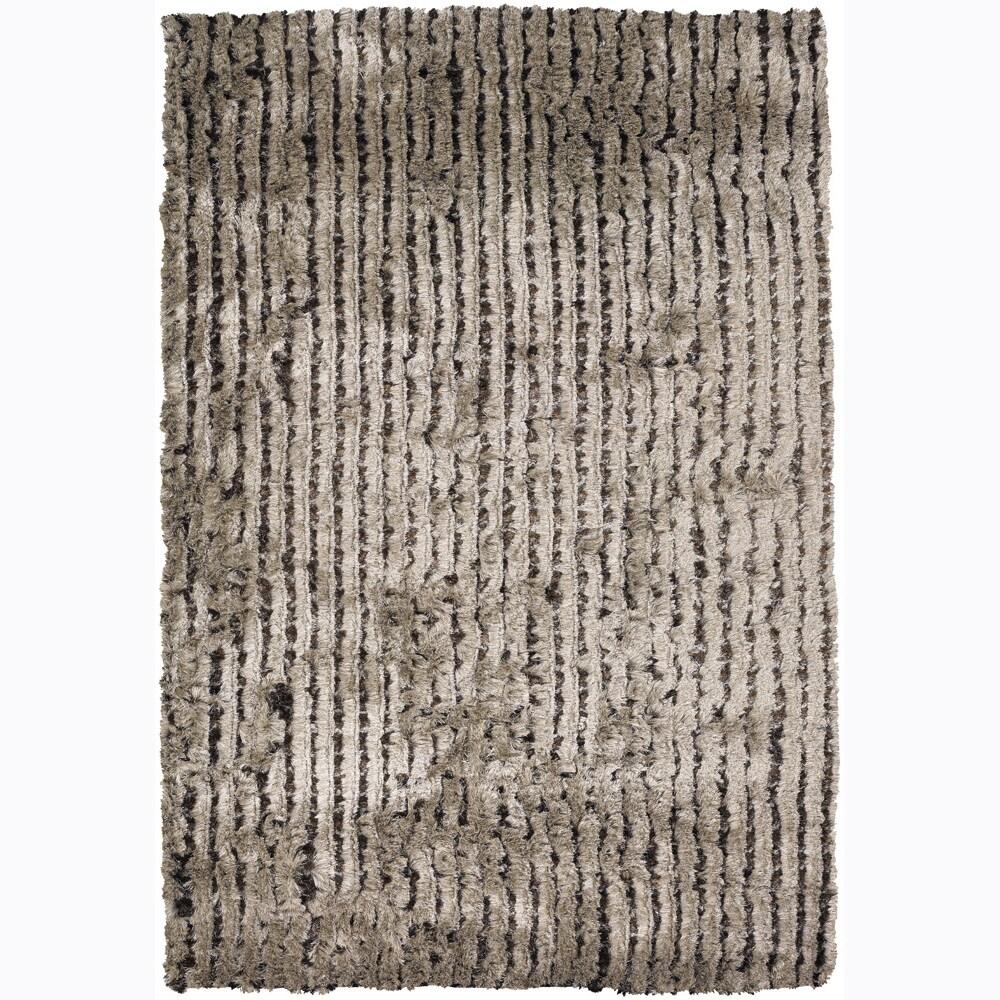 Hand-woven Mandara Shag Rug (5' x 7'6)