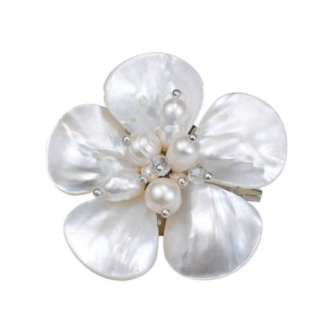 Handmade White Mother of Pearl Floral Purity Pearl Pin Brooch (Thailand)