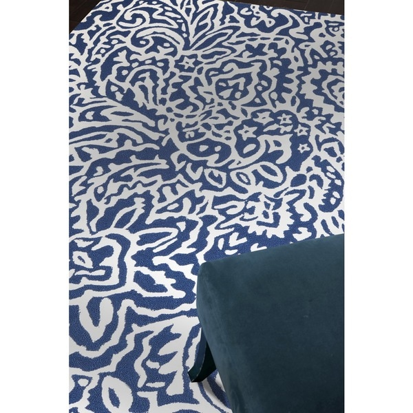 Hand Hooked Blue White Area Rug 7 6 X 9 6 Free