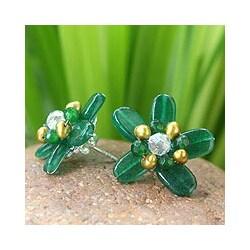 Handmade Quartz 'Jungle Flowers' Pearl Button Earrings (3.5-4 mm) (Thailand)