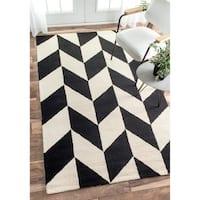 nuLOOM Handmade Chevron Wool Rug (5' x 8') - 5' x 8'