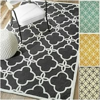 nuLOOM Handmade Indoor / Outdoor Lattice Trellis Rug (5' x 8') - 5' x 8'