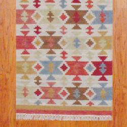 """Thumbnail 3, Indo Hand-Knotted Kilim Ivory-and-Green Wool Runner Rug (2'6"""" x 10""""). Changes active main hero."""