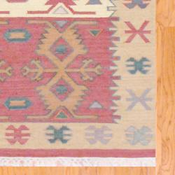Indo Hand-knotted Kilim Green and Red Wool Rug (4 x 6) - Thumbnail 2