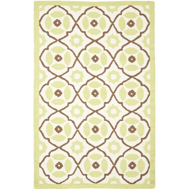 Safavieh Handmade Sumak Morrocan Ivory/Green Wool Rug - 8' x 10'