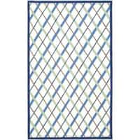 Safavieh Handmade Children's Diamonds Ivory/ Blue N. Z. Wool Rug - 5' x 8'