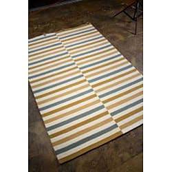 Hand-hooked Beige Area Rug (7'6 x 9'6)