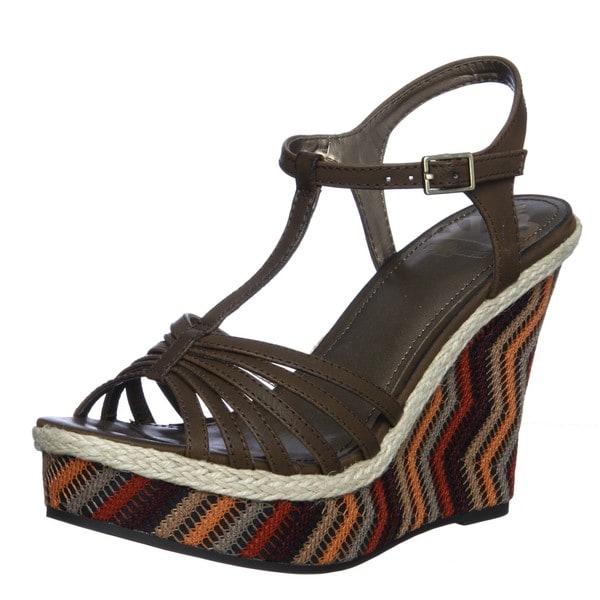 Fergalicious Women's 'Qutie' Wedge Sandals
