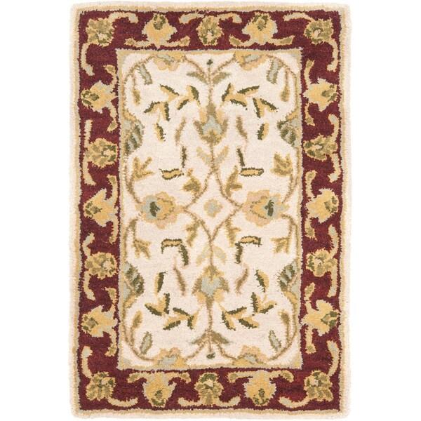 Safavieh Handmade Heritage Timeless Traditional Beige/ Red Wool Rug (2' x 3')