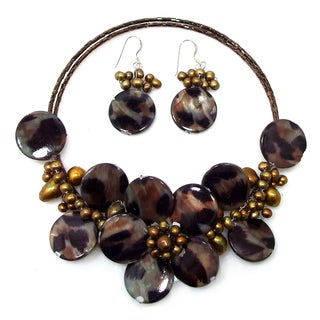 Handmade Sterling Silver Brown Leopard Pearl Floral Jewelry Set (3-13 mm)(Thailand)
