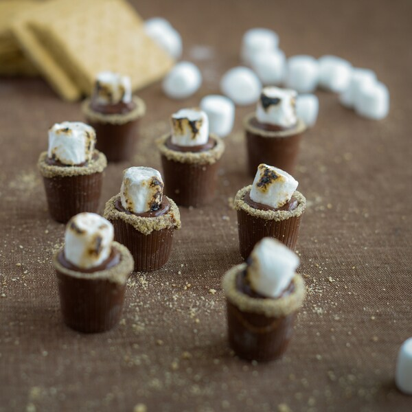 Lang's Chocolates 128 Milk Chocolate Dessert Cups
