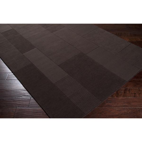 Hand-crafted Solid Casual Dark Brown Blythewood Wool Rug (9' x 12')