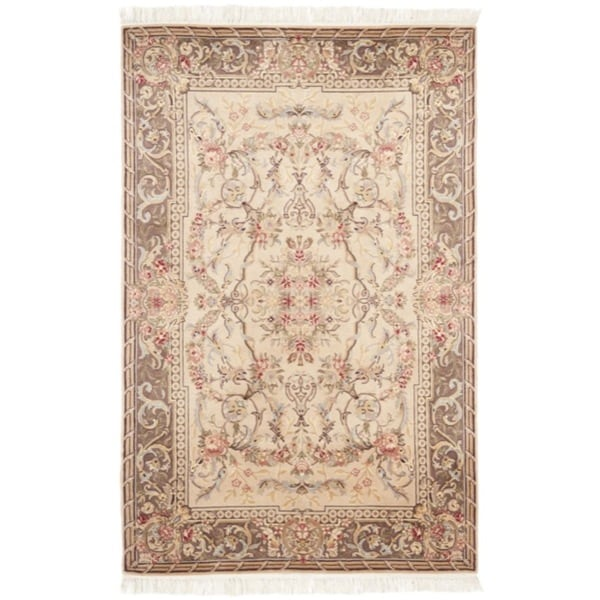 Chinese Hand-knotted Royal Kerman Beige/ Tan Wool Rug (4' x 6')