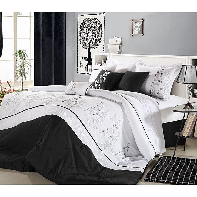 Poppy Flower Black Oversized 8-piece Comforter Set