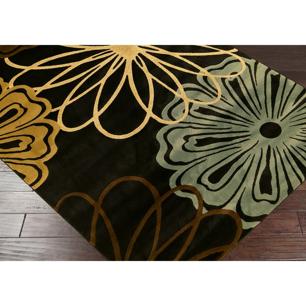 Mandly Flowers Black and Blue Area Rug (5'3 x 7'3)