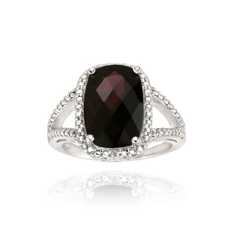 Glitzy Rocks Sterling Silver Garnet and Diamond Accent Ring (7ct TGW)