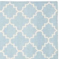 Safavieh Moroccan Light Blue/Ivory Reversible Dhurrie Wool Geometric Rug (6' Square) - Thumbnail 1