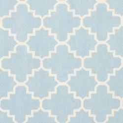 Safavieh Moroccan Light Blue/Ivory Reversible Dhurrie Wool Geometric Rug (6' Square) - Thumbnail 2