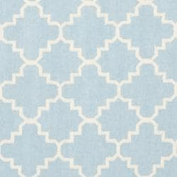 Safavieh Hand-woven Moroccan Reversible Dhurrie Light Blue/ Ivory Wool Rug (8' Square) - Thumbnail 2