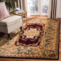 Safavieh Handmade Aubusson Limours Burgundy/ Gold Wool Rug - 4' x 4' Round