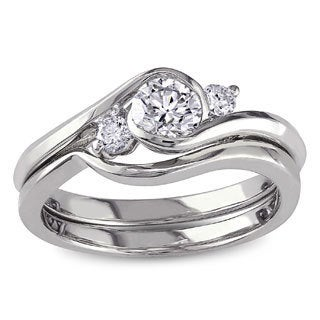 Miadora Signature Collection 10k White Gold 1/2ct TDW Round Bezel-set Diamond Engagement Ring and We