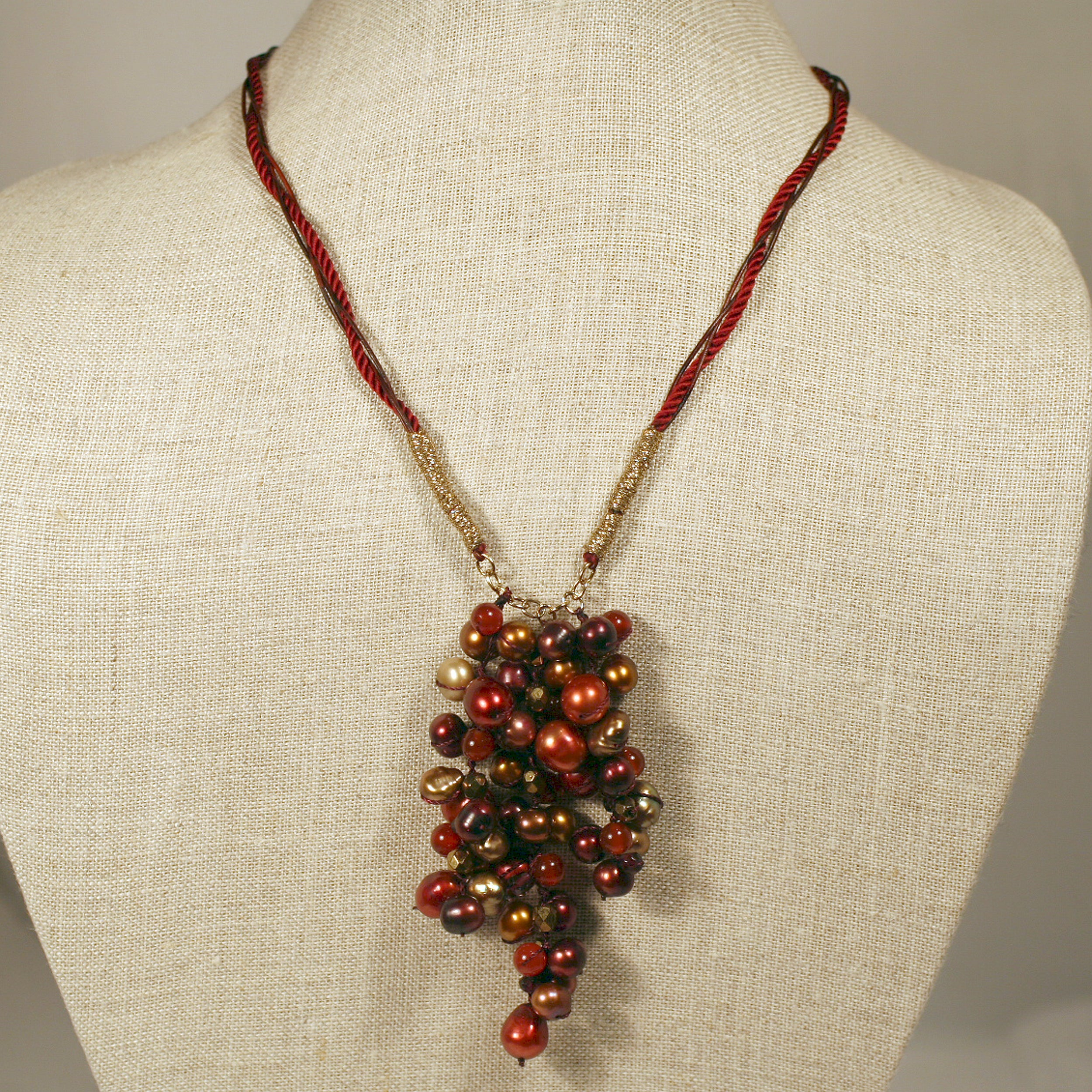 Bird Designs Cascading Crimson Pearl Necklace (6-10 mm)(China)