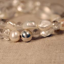 Peyote Bird Designs Silver Pearl and Quartz Stretch Bracelet (7-9 mm)(China) - Thumbnail 1