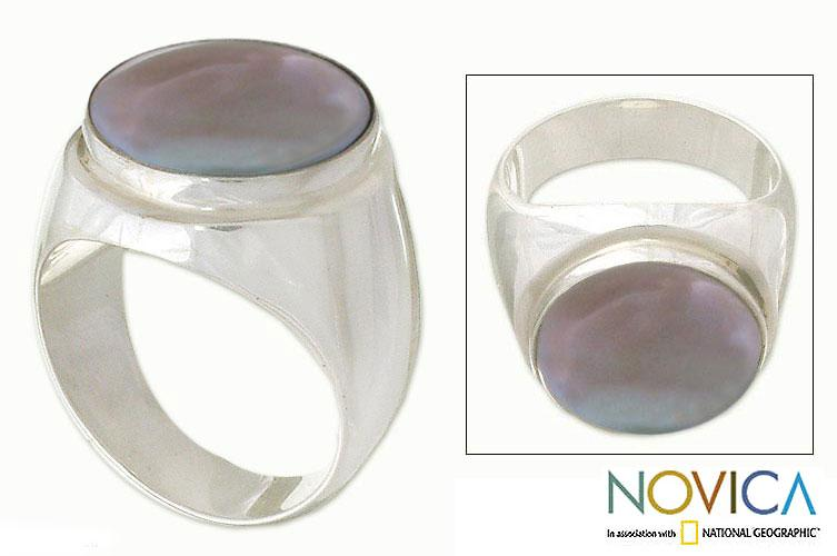 Handmade Sterling Silver 'Deep Sea' Pearl Ring (15 mm) (Indonesia)