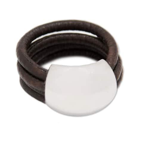 Handmade Sterling Silver 'Dark Brown Moon' Leather Ring (Peru)