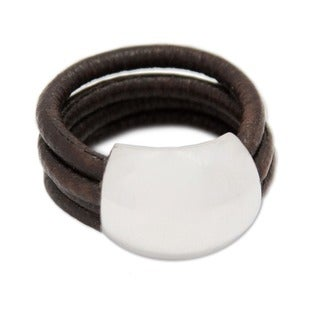 Handmade Sterling Silver 'Dark Brown Moon' Leather Ring (Peru)