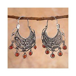 Sterling Silver 'Dancing' Carnelian Filigree Earrings (Peru)