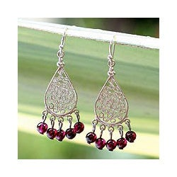 Sterling Silver 'Lace Teardrop' Garnet Chandelier Earrings (Thailand)