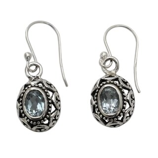 Handmade Sterling Silver 'Art of India' Blue Topaz Dangle Earrings (India)